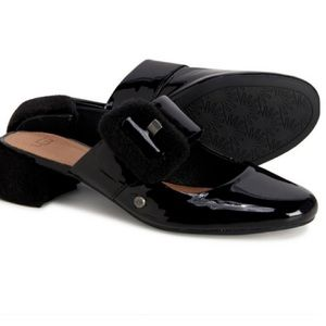 NEW UGG Black Fur Patent Loafers Mules Flats 8